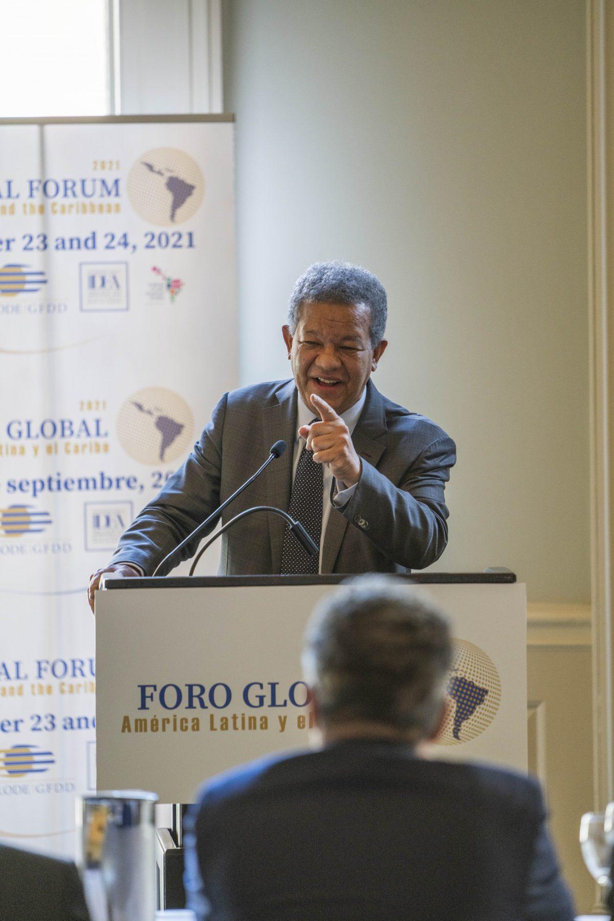 Foro global concluye con vehemente llamado a integración regional para enfrentar problemática de América Latina y el Caribe
